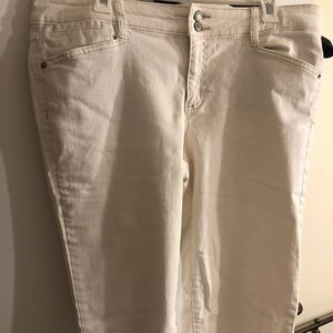 GAP White Denim Capri Pants, Size 14